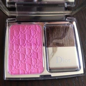 Dior Makeup - Healthy glow awakening blush DIOR